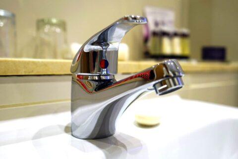 robinet plombier sos urgence dépannage